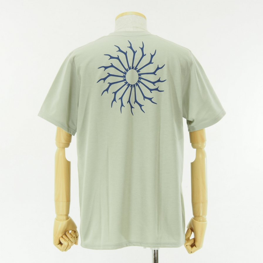 South2 West8 - Round Pocket Tee - Circle Horn - Grey