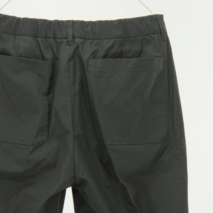 STILL BY HAND - Narrow Tapered Easy Pant - Charcoal