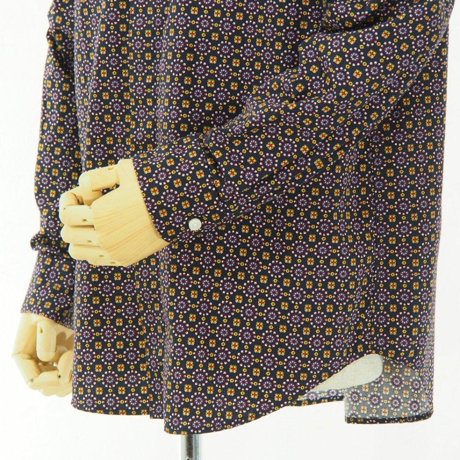 Engineered Garments - Short Collar Shirt - Floral foulard Print - Navy