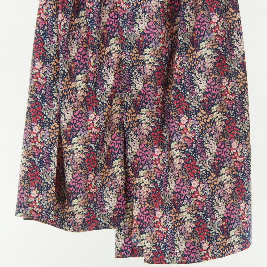 Engineered Garments Women - Tuck Skirt -Small Floral Printed Lawn
