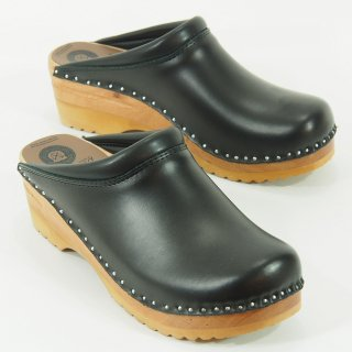 Troentorp - Swedish Clog - Plain toe - Smooth - Black / Natural
