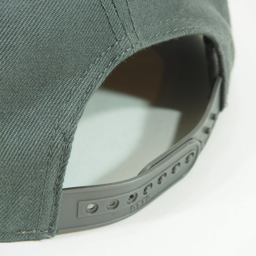 South2 West8 サウスツーウエストエイト - Baseball Cap - Skull & Target Emb. - Charcoal