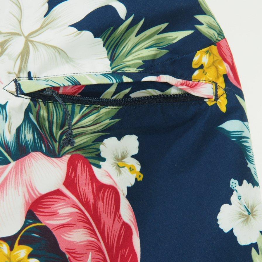 Engineered Garments エンジニアドガーメンツ - Sunset Short - Hawaiian Floral Microfiber - Navy