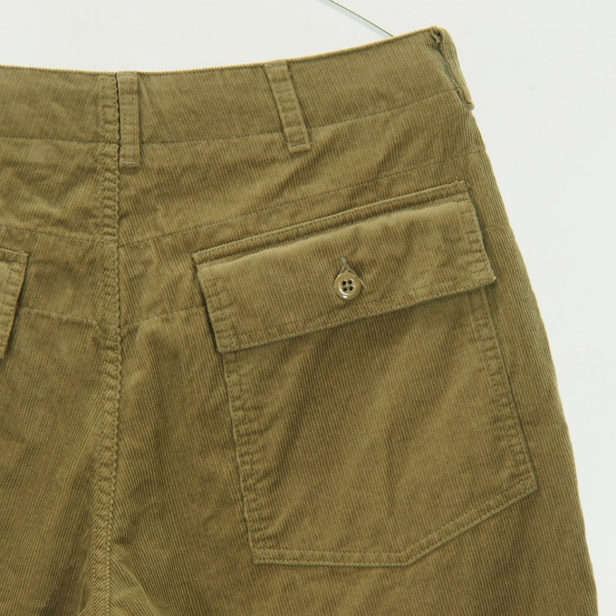 Engineered Garments - Fatigue Short - 14W Corduroy - Khaki