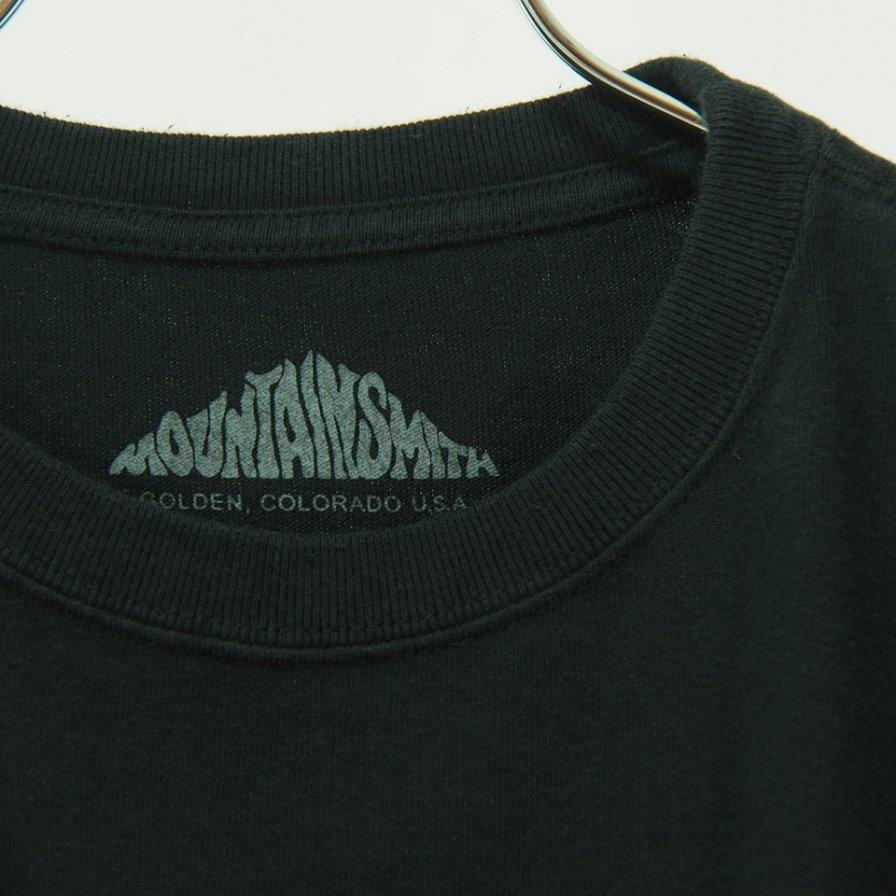 Moutain Smith - Big Print L/S Tee - Black