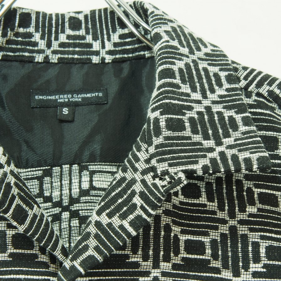 Engineered Garments エンジニアドガーメンツ - Classic Shirt - Geo Jac. - Black / Natural