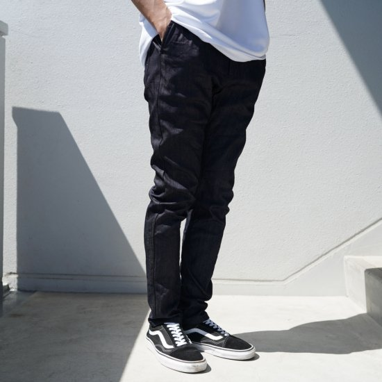 <img class='new_mark_img1' src='https://img.shop-pro.jp/img/new/icons1.gif' style='border:none;display:inline;margin:0px;padding:0px;width:auto;' />Skinny Pants Denim