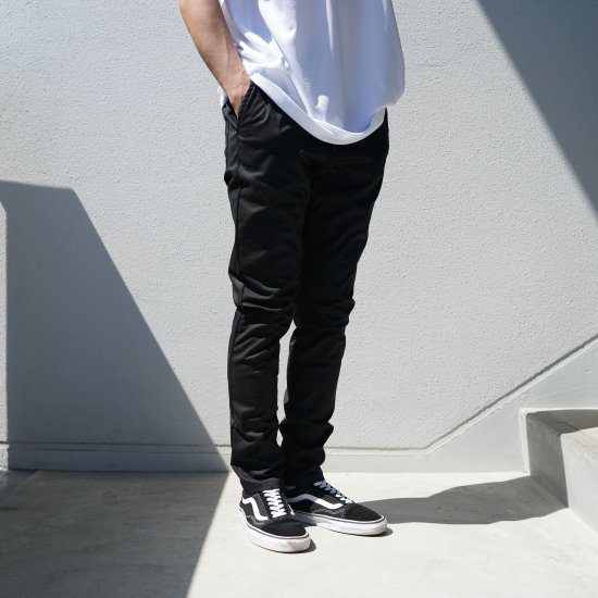 <img class='new_mark_img1' src='https://img.shop-pro.jp/img/new/icons1.gif' style='border:none;display:inline;margin:0px;padding:0px;width:auto;' />Skinny Pants Black