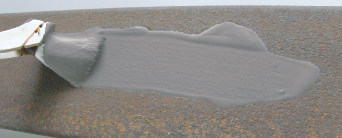 錆び部分にラストブロックを塗装します。