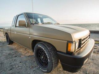 日産 ダットサントラックをサンドカーキに刷毛塗全塗装