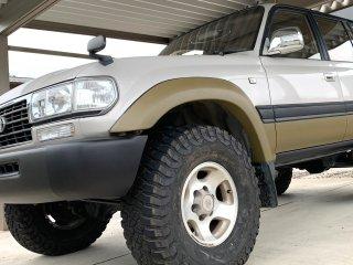 トヨタ ランドクルーザーをサンドカーキで刷毛塗り塗装