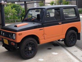 スズキ ジムニーJA11をセレンゲッティオレンジで刷毛塗り全塗装!