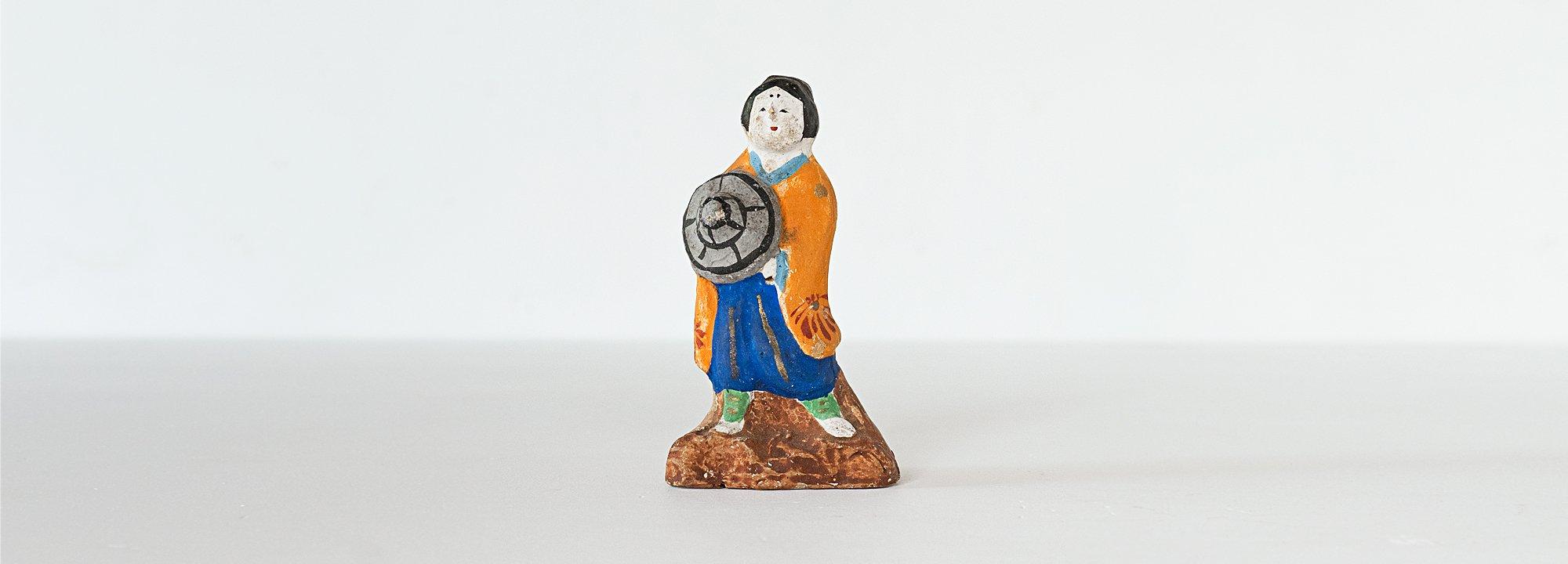 Vintage Object : Japanese Tsuchi Ningyo - Woman
