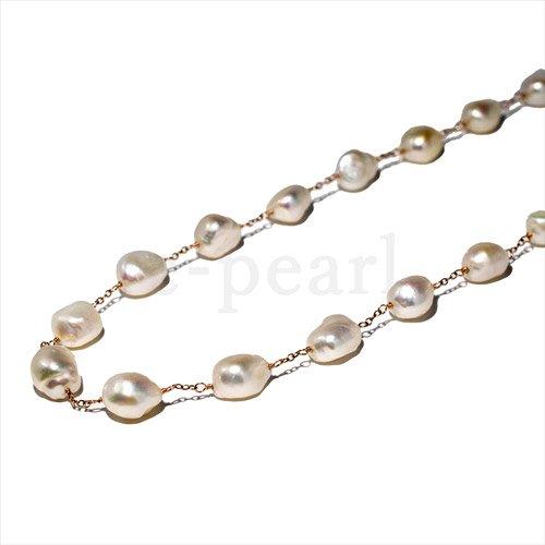 2連でも使える個性的な淡水バロック珠の付いたネックレス