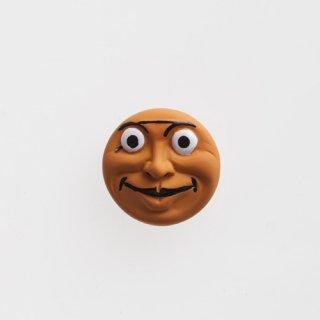 横尾忠則 アート立体バッジ「泣き笑い人生」:オレンジ