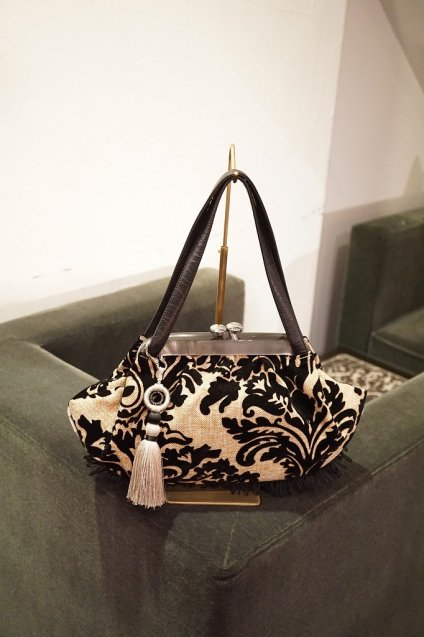 JOJO Clam handbag Damask Black/Riviera White 生地廃盤のため現品限り