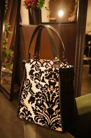 JOJO TRAPE Tote-Bag Black/White