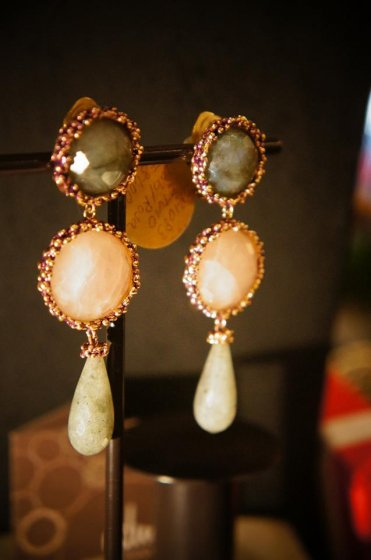 Daniela de Marchi long peacock Earrings/(イヤリング)OR1083 OTVIO Labrdorite/Rosa.Q/Labradorite