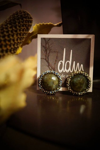 Small Crown Earrings (イヤリング)[OR1085BIS OMI Labradorite]