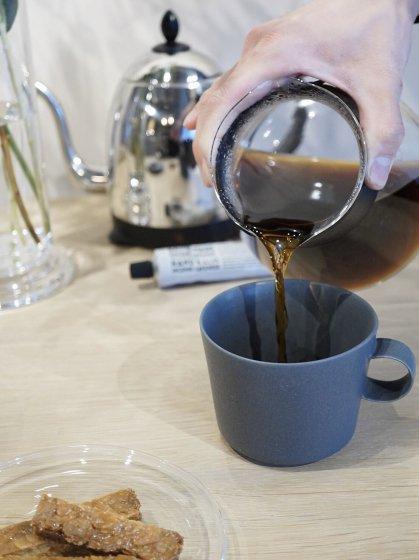Sghr(スガハラガラス) ハンドドリップ ロカコーヒーサーバー  カーボンブラック