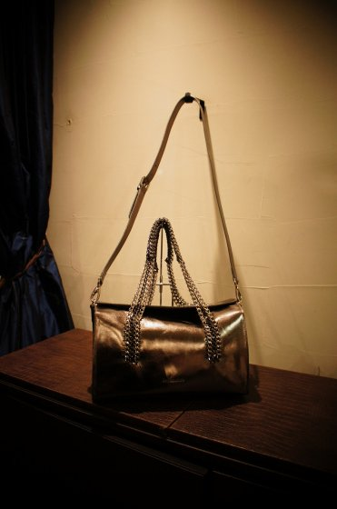 de Couture(デクチュール)チェーンレザーボストンバッグ 2WAY Metallic Silver[D70]