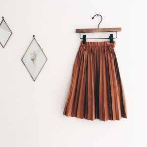 velour pleat skirt