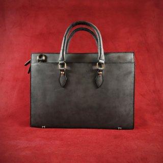Raffaello 一流の革職人が作る 英国王室が愛するブライドルレザーで表裏をフル仕立てたビジネスバッグ
