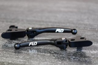 FLO TOURING MODELS MX STYLE LEVERS 17 - UP