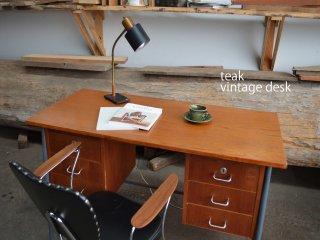 木とスチールの組み合わせがスマート<br>チーク デスク teak vintage desk