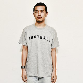 Football Typo. - moku gray<img class='new_mark_img2' src='https://img.shop-pro.jp/img/new/icons14.gif' style='border:none;display:inline;margin:0px;padding:0px;width:auto;' />