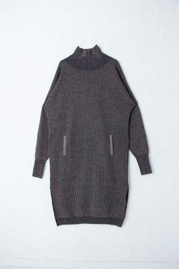 YANTOR / Plating Wool Cocoon Dress / beige