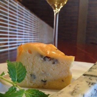 ゴルゴンゾーラのベイクドチーズケーキ