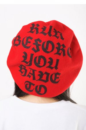 <img class='new_mark_img1' src='https://img.shop-pro.jp/img/new/icons20.gif' style='border:none;display:inline;margin:0px;padding:0px;width:auto;' />Run Before Logo Print Beret (Red)