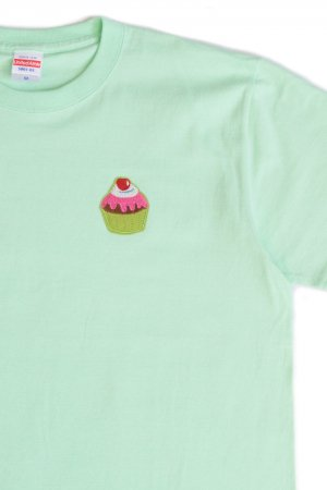 Pop Patch Original T-shirt (Cup Cake)