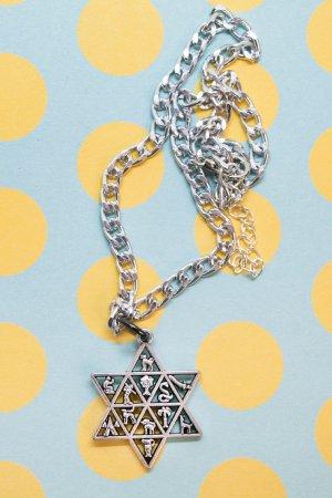 XTS Hexagram Chain Necklace
