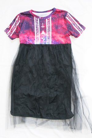 <img class='new_mark_img1' src='https://img.shop-pro.jp/img/new/icons8.gif' style='border:none;display:inline;margin:0px;padding:0px;width:auto;' />Original Mini Tulle Skirt Dress (Symbols)