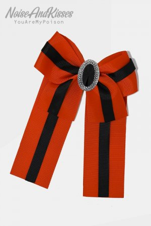 Striped Ribbon Pin Brooch (Red)