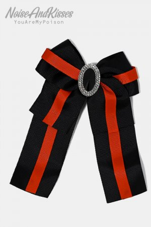 <img class='new_mark_img1' src='https://img.shop-pro.jp/img/new/icons8.gif' style='border:none;display:inline;margin:0px;padding:0px;width:auto;' />Striped Ribbon Pin Brooch (Black)