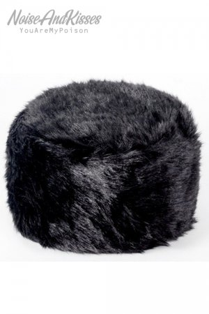 <img class='new_mark_img1' src='https://img.shop-pro.jp/img/new/icons20.gif' style='border:none;display:inline;margin:0px;padding:0px;width:auto;' />Fake Fur Hat (Black)