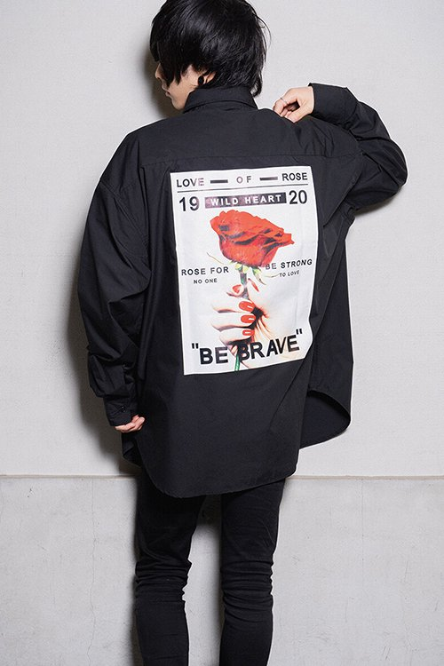 <img class='new_mark_img1' src='https://img.shop-pro.jp/img/new/icons8.gif' style='border:none;display:inline;margin:0px;padding:0px;width:auto;' />Back Rose Photo Mens L/S Shirt (Black)