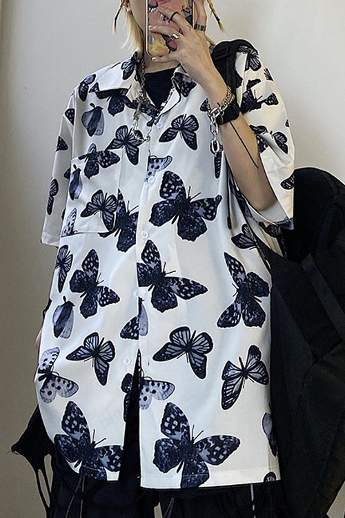 <img class='new_mark_img1' src='https://img.shop-pro.jp/img/new/icons56.gif' style='border:none;display:inline;margin:0px;padding:0px;width:auto;' />Mono Butterfly S/S Shirt (White)