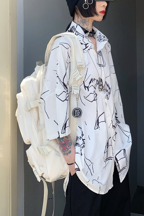 <img class='new_mark_img1' src='https://img.shop-pro.jp/img/new/icons56.gif' style='border:none;display:inline;margin:0px;padding:0px;width:auto;' />Painted Oversized S/S Shirt (White)