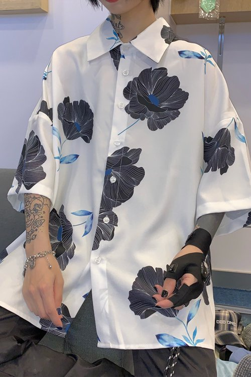 <img class='new_mark_img1' src='https://img.shop-pro.jp/img/new/icons56.gif' style='border:none;display:inline;margin:0px;padding:0px;width:auto;' />Big Flower S/S Shirt (White)