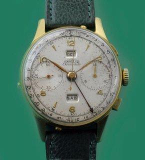 ヴィンテージ 1940年代製 アンジェラス  年月日表示可能なクロノデート 大変大きな時計です。
