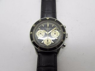 <img class='new_mark_img1' src='https://img.shop-pro.jp/img/new/icons43.gif' style='border:none;display:inline;margin:0px;padding:0px;width:auto;' />ホイヤー(Heuer)ヴィンテージ オータヴィア(AUTAVIA)クロノグラフメンズウォッチ Valjoux 72