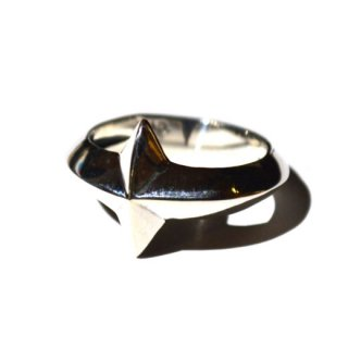<img class='new_mark_img1' src='//img.shop-pro.jp/img/new/icons41.gif' style='border:none;display:inline;margin:0px;padding:0px;width:auto;' />RADIALL 「PONTIAC-RING」 リング ■SILVER