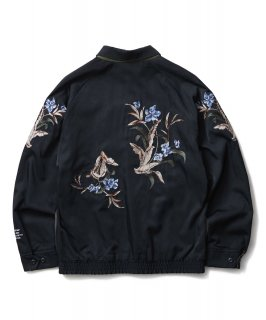<img class='new_mark_img1' src='https://img.shop-pro.jp/img/new/icons14.gif' style='border:none;display:inline;margin:0px;padding:0px;width:auto;' />CRIMIE REVERSIBLE SOUVENIR JACKET
