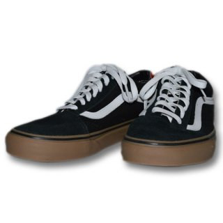 <img class='new_mark_img1' src='https://img.shop-pro.jp/img/new/icons55.gif' style='border:none;display:inline;margin:0px;padding:0px;width:auto;' />VANS 「OLD SKOOL」 スニーカー ■BLK/GUM