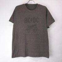 <img class='new_mark_img1' src='https://img.shop-pro.jp/img/new/icons24.gif' style='border:none;display:inline;margin:0px;padding:0px;width:auto;' />AC/DC HBR Tシャツ 古着 (Lぐらい) 【メール便送料無料】(sale商品)