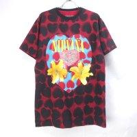 (L) ニルヴァーナ Heart Shaped Box Tシャツ オフィシャル  オフィシャル (新品) 総柄プリント【メール便可】